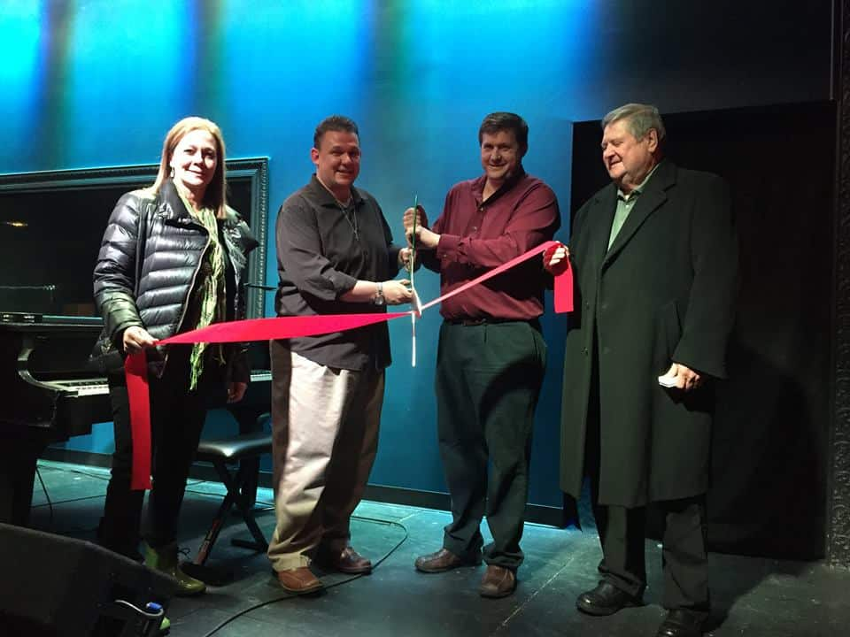 Maplewood Chamber Of Commerce Ribbon Cutting