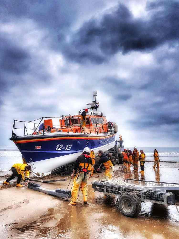 Filey Lifeboat Beach Recovery - Portrait