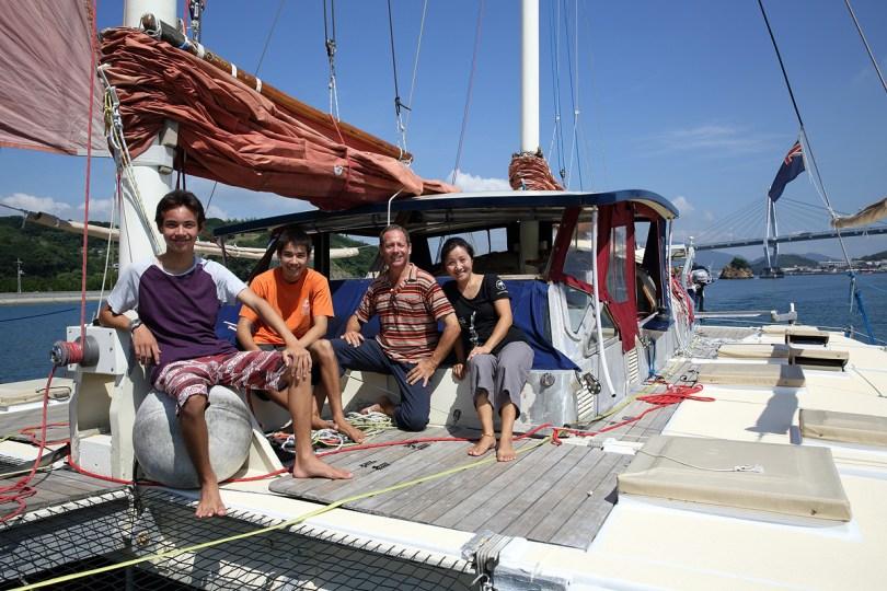 Family sailing - GoSeaCamping