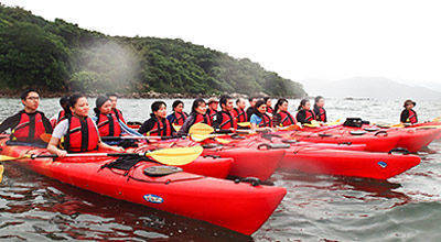 sea kayaking training group lessons