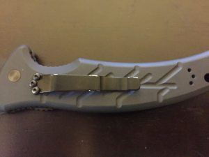 Adjustable belt clip for RH or LH carry, blade up or blade down.