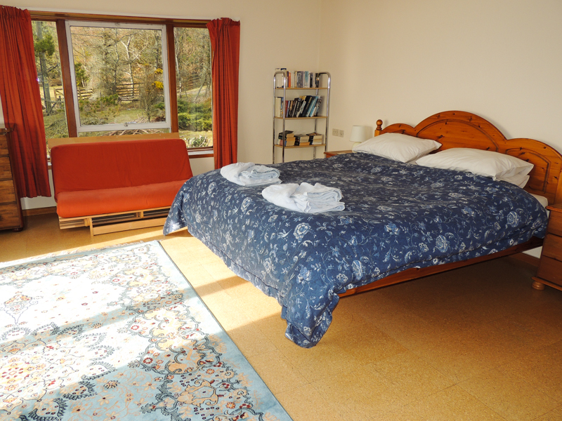 self catering holiday cottage spacious bedroom near Oban overlooking Mull