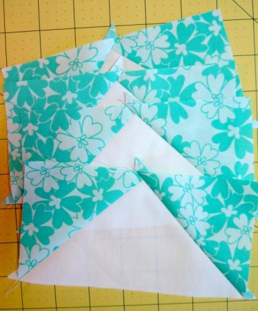 Round Robin Block 10 featured by top US quilting blog and shop, Seams Like a Dream Quilt Designs