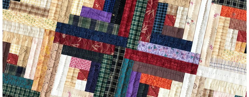 Christmas Log Cabin quilt