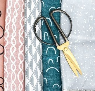 Craftsy review featured by top US quilting blog and shop, Seams Like a Dream Quilt Designs.