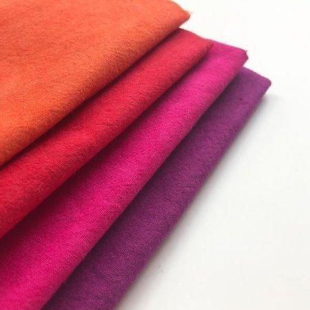 Fat quarter bundle of Cherrywood fabrics.