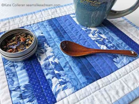 3 Handmade Mother's Day Gifts for Quilters featured by top US quilting blog, Seams Like a Dream Quilt Designs: mug rug