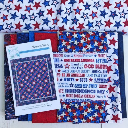 Roundup of Favorite Summer Quilts featured by top US quilting and sewing shop, Seams Like a Dream, shows off some of her favorite summertime quilts!