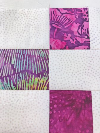Top US quilting blog and shop, Seams Like a Dream Quilt Designs, shares tips for sewing rows together in the 2021 Lighthouse Steps Quilt!