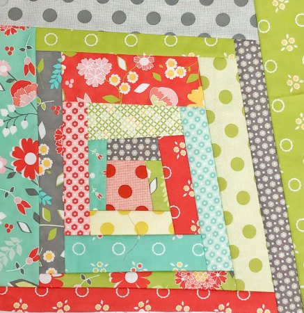 Top US quilting blog and shop, Seams Like a Dream Quilt Designs, shares information about improv piecing and quilts!