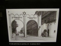 The ghetto entrance in 1942