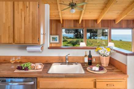 kitchen, Abalone Bay, Sea Ranch, Vacation Rental, oceanfront, ocean view