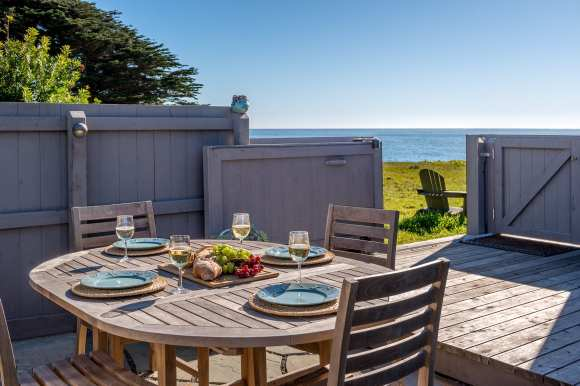 private courtyard, starry night vistas, courtyard, Abalone Bay, Sea Ranch, vacation rental, oceanfront,