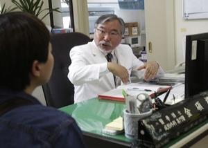 Kim Seok-Kwun: 'Corrijo erros de Deus', diz cirurgião que já fez 320 mudanças de sexo