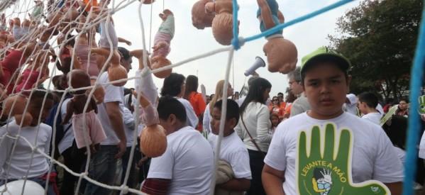 Exploração sexual infantil assombra Copa no Brasil