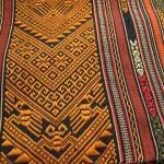 極彩色の浮織がとっても綺麗!ラオスの肩掛け布「パービアン」
