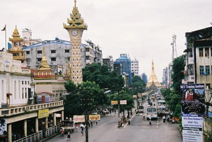 ダウンタウン界隈の風景 【ヤンゴン】