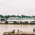 ヤンゴン歩き回り②(カフェと渡し船)【ミャンマー】