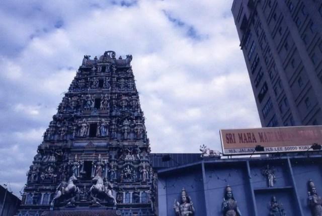 マレーシア クアラルンプール スリ・マハ・マリアマン寺院