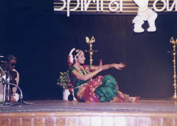 インド バラタナティアム