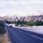 キノコ岩の並ぶ「カッパドキア」の奇岩風景と地下都市「デリンクユ」【トルコ】