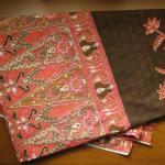 マレーシアの伝統的なろうけつ染め布「バティック」(Batik)