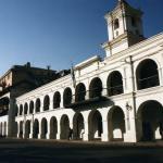 ボリビアからアルゼンチンへ列車とバスの旅(ウユニ〜ラ・キアカ〜サルタ〜ブエノスアイレス)【アルゼンチン】