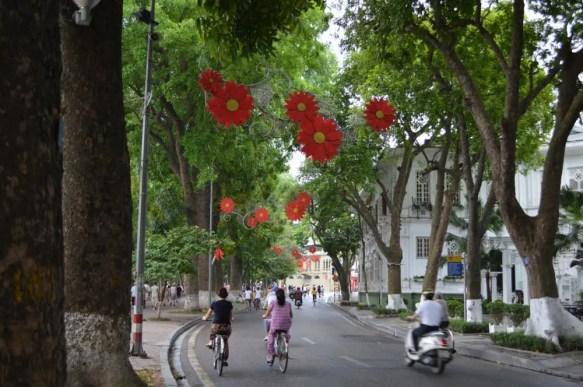 ベトナム4 ハノイ旧市街 ホアンキエム湖