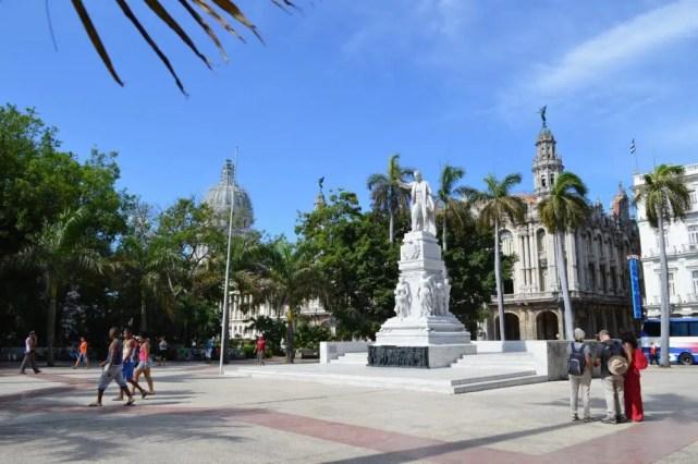 パルケ・セントラル、ハバナ旧市街 【キューバ Cuba】