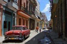 クラシック―カー、ハバナ旧市街 【キューバ Cuba】