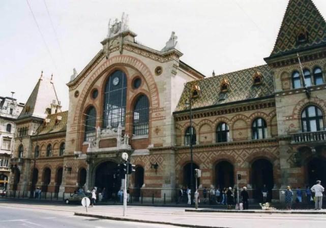 ブダペスト中央市場【ハンガリー】