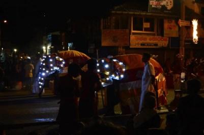 キャンディ、ペラヘラ祭り【スリランカ】