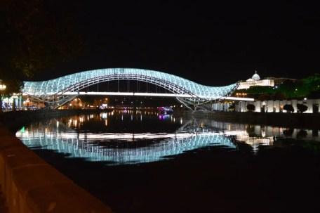 トビリシ、平和橋【ジョージア(グルジア)Georgia:საქართველო】