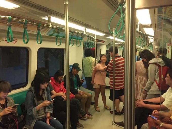 地下鉄で左営駅へ【台湾2(高雄〜墾丁)】