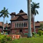 寺院を眺め、市場を歩き、博物館で芸術鑑賞。州都トリヴァンドラム観光【南インド・ケララ州】