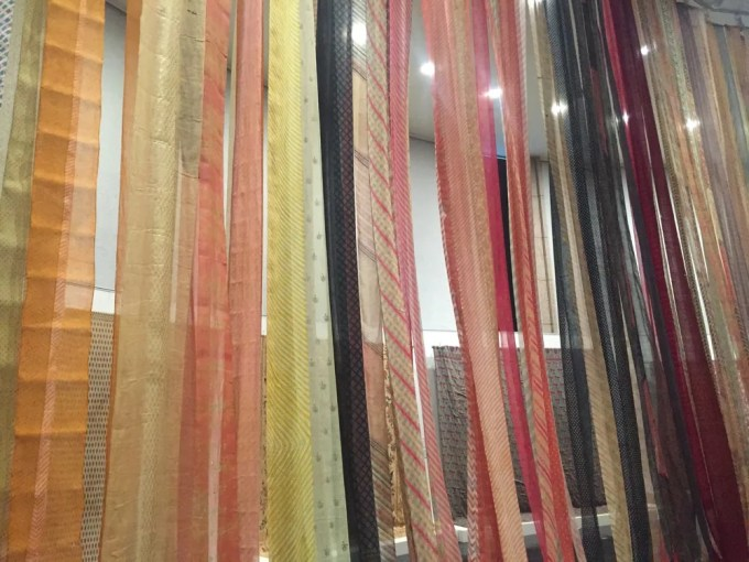 インドに咲く染と織の華