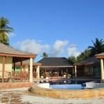 真ん前が水色の海!最高のロケーションのホテル「ザンジバル・オーシャン・ブルー」@ザンジバル・パジェ