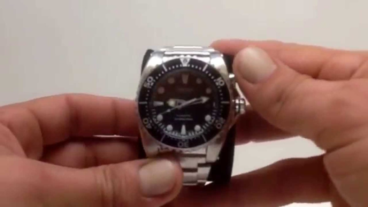 Seiko Kinetic Movement Divers 200M Water Resistant Watch - SKA371P1 - Rakuten.com