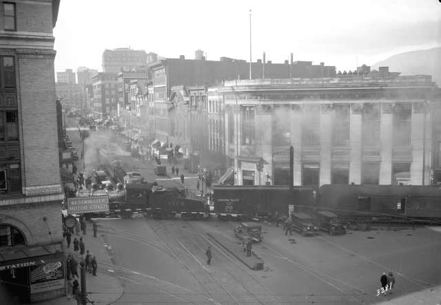 Canadian Pacific Railway train crossing Hastings Street - City of Vancouver archive