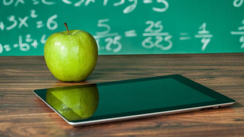mobile-education-apple-fruit-ss-1920