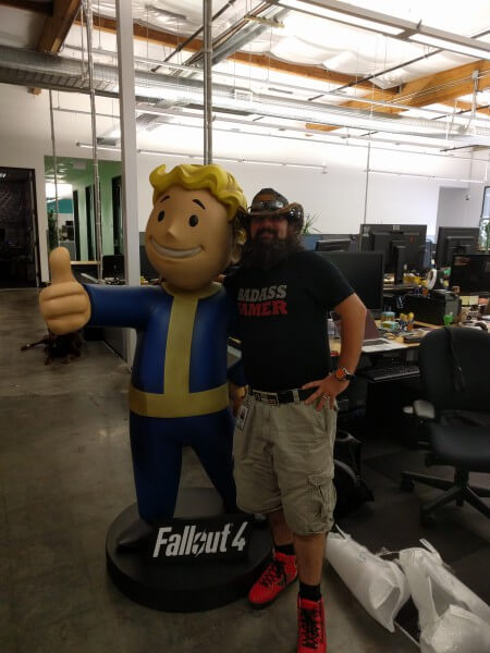 Fallout 4 Life Size Statue