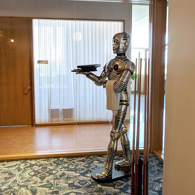 google-C-3PO-1534763234 Search in Pics: Google's C-3PO, liquid marijuana & hand painted G logo