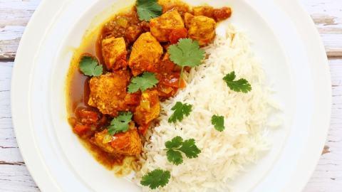 Easy Red Goan Chicken Curry
