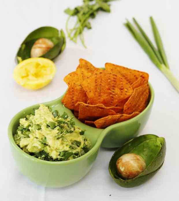 Zesty lemon and herb guacamole