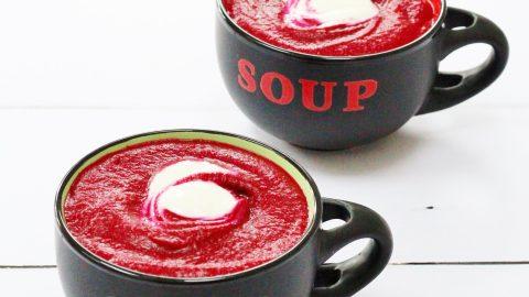 Roasted Garlic Beetroot Soup