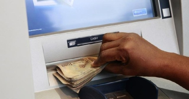 How to Withdraw Money From the ATM without Using a Card