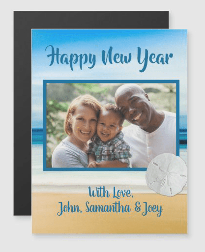 Photo new year card with beach and sand dollar design family greeting sand dollar
