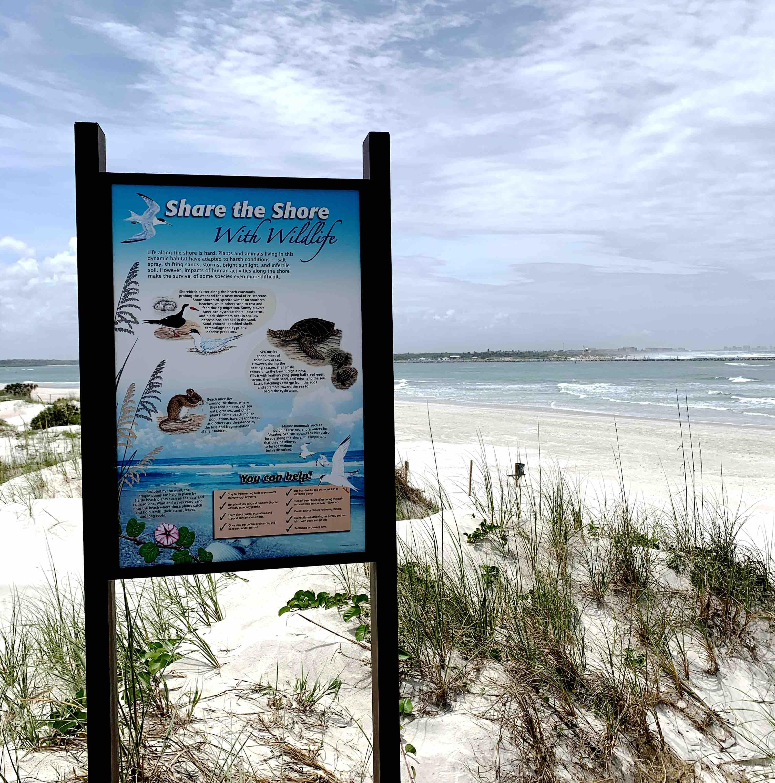 sign wildlife sea animals