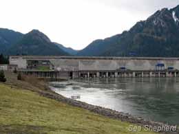 editorial_120328_1_1_Bonneville_Dam_1