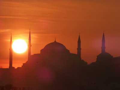 editorial-140408-2-1-istanbul_sunset_1480511.jpg